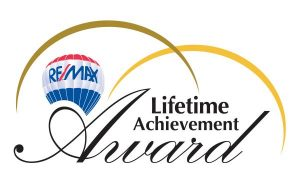 RE/MAX Lifetime Achievment Award Elaine Stewart