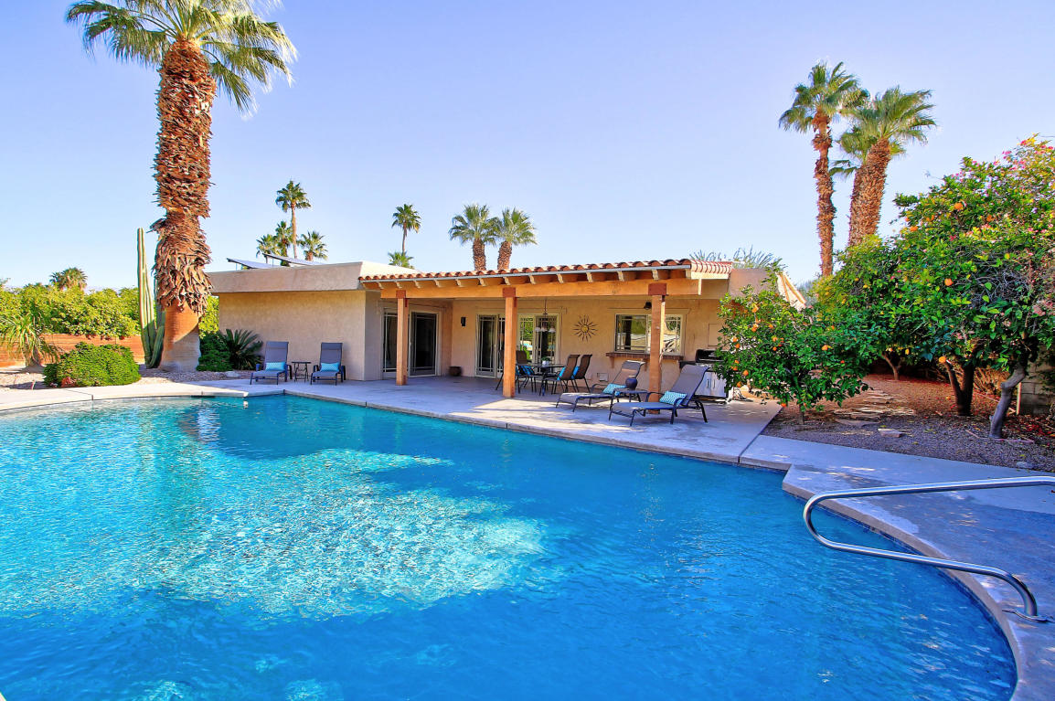 Quality Custom-built Pool Home for Sale in Palm Desert, CA