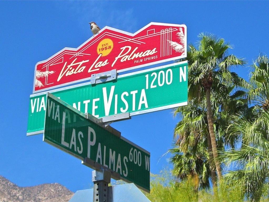 Palm Springs Real Estate in Vista Las Palmas